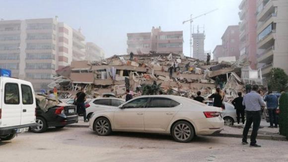 Şiddetli İzmir Depremi Ege ve Marmara'yı Salladı
